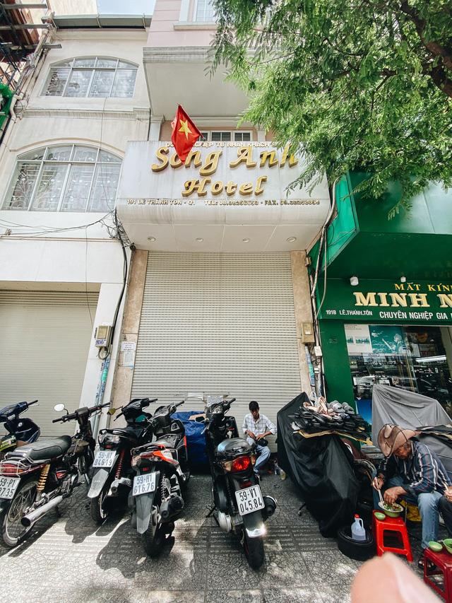 Chùm ảnh: Khách sạn ở trung tâm Sài Gòn ngừng hoạt động, rao bán vì ngấm đòn Covid-19  - Ảnh 7.