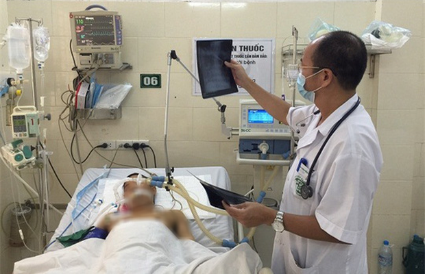 Một người đàn ông tử vong vì điều trị sốt xuất huyết tại nhà - Ảnh 1.