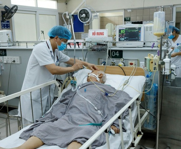 Độc tố botulinum gây hại cho cơ thể thế nào, cách phát hiện người ngộ độc  - Ảnh 2.