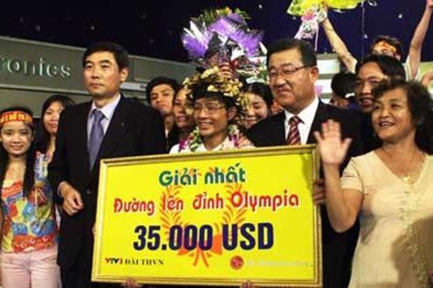 Xuất hiện vài phút trên VTV, dân tình soi ra cơ ngơi sang chảnh của Quán quân Olympia lên đến 1 triệu USD - Ảnh 7.
