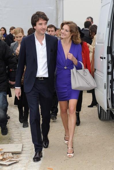 """Cái kết đẹp cho chuyện tình nổi tiếng của làng mốt thế giới: """"Thái tử Louis Vuitton"""" dùng gần 10 năm chân tình mới đổi được cái gật đầu của bà mẹ 5 con  - Ảnh 12."""