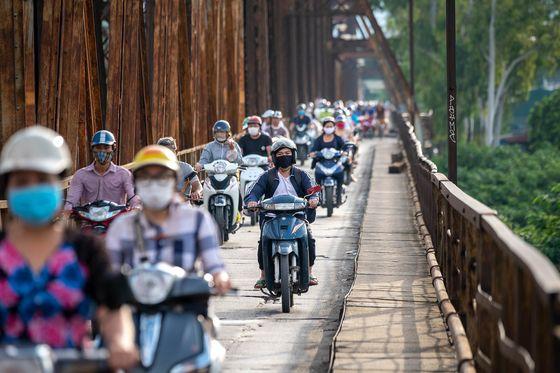 Báo Mỹ nói về giấc mơ của ông Phạm Nhật Vượng với xe điện: Bỏ ra 3,5 tỷ USD, chấp nhận nhiều năm thua lỗ để tạo ra cuộc cách mạng - Ảnh 1.