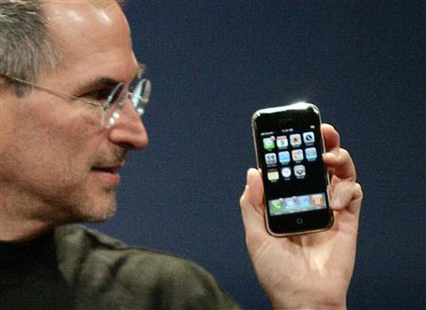 1 chiếc iPhone trải qua bao nhiêu hệ điều hành iOS? Ai còn dùng 6S/ 6S Plus sẽ cảm thấy rất tự hào! - Ảnh 1.