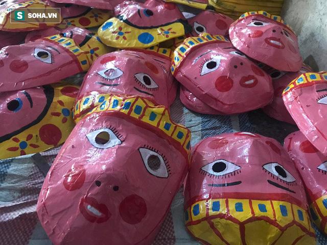 Đồ chơi truyền thống lên ngôi, làng nghề 40 năm tuổi làm xuyên đêm, lãi hơn 100 triệu đồng  - Ảnh 6.