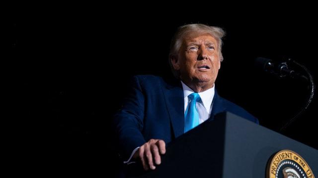 Ông Trump nói thông tin trốn thuế của New York Times là fake news - Ảnh 2.