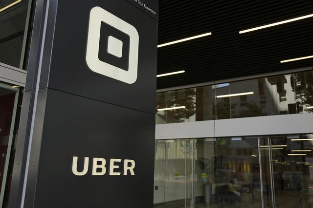 Giành chiến thắng pháp lý, Uber tiếp tục hoạt động tại London - Ảnh 1.