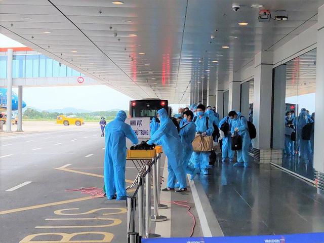 Đề xuất mở lại 6 đường bay quốc tế từ 15-9, đón 5.000 khách mỗi tuần  - Ảnh 1.