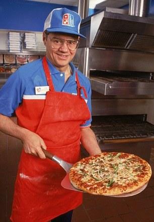 Từ kẻ vô gia cư, bị mẹ ghét, em lừa, gặp vô số vận xui, đến người xây dựng đế chế Domino's Pizza chỉ với 77 USD - Ảnh 2.