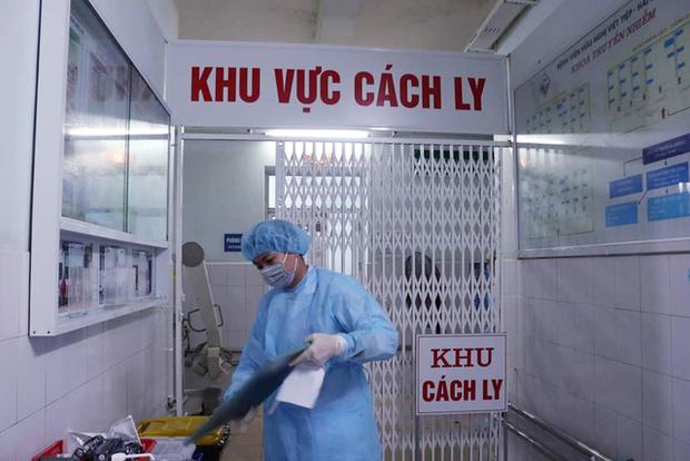 Hải Dương thiết lập vùng cách ly y tế 14 ngày tại 2 bệnh viện liên quan ca mắc Covid-19 - Ảnh 1.