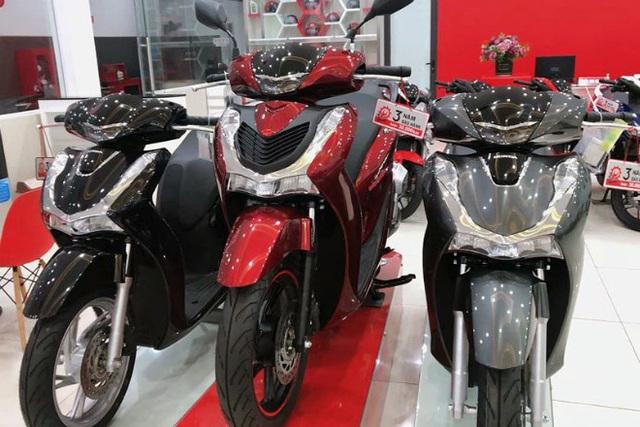 Honda SH đời cũ đội giá hơn 40 triệu đồng, nhiều mẫu xe khác đồng loạt giảm sâu  - Ảnh 1.