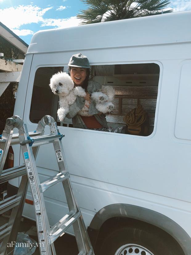 Đôi vợ chồng người Việt đầu tư gần 600 triệu đồng mua chiếc xe Van, tự xây bếp và phòng ngủ rồi đưa nhau đi khắp nước Mỹ, mỗi sáng thức dậy là một view khác nhau - Ảnh 7.