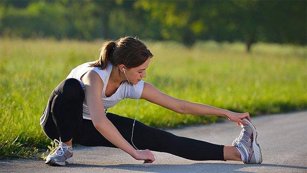 Tập thể dục rất tốt nhưng nếu bạn tập luyện trong 5 thời điểm này thì cơ thể rất dễ chấn thương và làm tổn thương nhiều cơ quan - Ảnh 2.