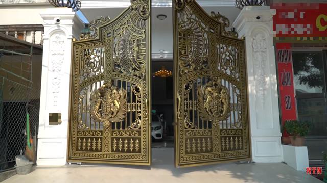 Tuyên bố comeback chinh phục nút kim cương, NTN khoe khéo nhà 4 tầng mới xây, phong cách hoàng gia mạ vàng! - Ảnh 8.