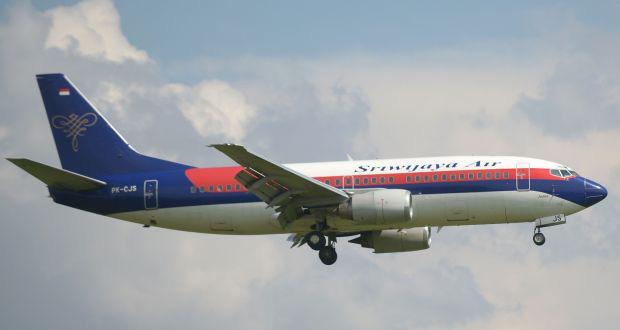 7 sự thật về hộp đen - Vật dụng tối quan trọng để biết chuyện gì đã xảy ra với chiếc máy bay Boeing 737 vừa rơi thảm khốc tại Indonesia - Ảnh 2.