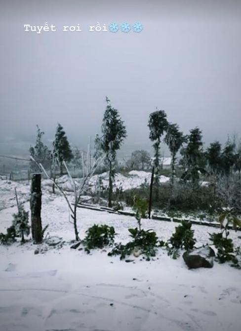 Những khoảnh khắc băng tuyết phủ trắng Y Tý - Sapa, hoa đào nở đóng băng đẹp như cổ tích là dịp vô cùng hiếm hoi để du lịch vào thời điểm này! - Ảnh 1.