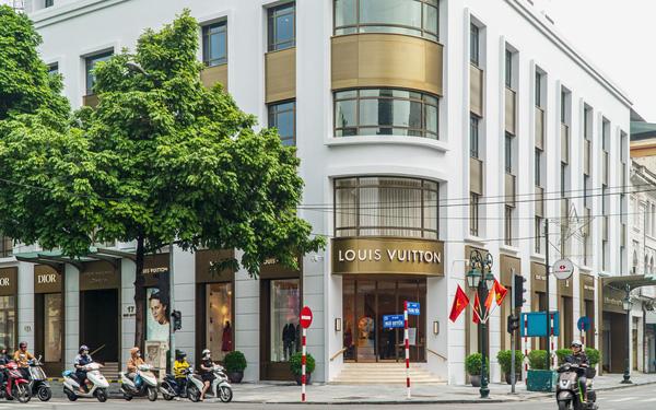 Savills: Các nhãn hàng xa xỉ muốn về Việt Nam nhưng khó thuê mặt bằng - Ảnh 2.