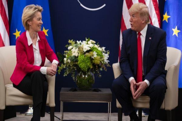 EU lên án các gã khổng lồ mạng xã hội sau lệnh cấm Trump - Ảnh 1.