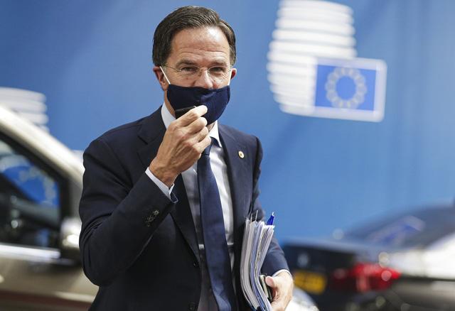 Chính phủ Hà Lan từ chức do buộc tội oan 26.000 gia đình - Ảnh 1.