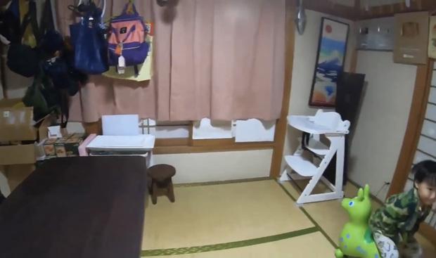 Quỳnh Trần JP lần đầu công khai căn trọ xập xệ trước khi sang nhà mới bạc tỷ ở Nhật, tiết lộ món đồ dùng để dằn mặt chồng - Ảnh 11.