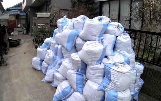 Quỳnh Trần JP lần đầu công khai căn trọ xập xệ trước khi sang nhà mới bạc tỷ ở Nhật, tiết lộ món đồ dùng để dằn mặt chồng - Ảnh 5.