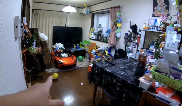 Quỳnh Trần JP lần đầu công khai căn trọ xập xệ trước khi sang nhà mới bạc tỷ ở Nhật, tiết lộ món đồ dùng để dằn mặt chồng - Ảnh 8.