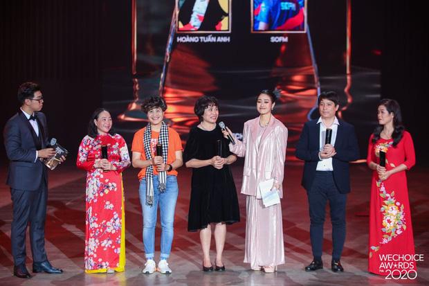 Tập thể bác sĩ tuyến đầu chống dịch tại Đà Nẵng, cha đẻ ATM gạo, SofM... trở thành Top 5 Đại sứ truyền cảm hứng WeChoice Awards 2020 - Ảnh 1.