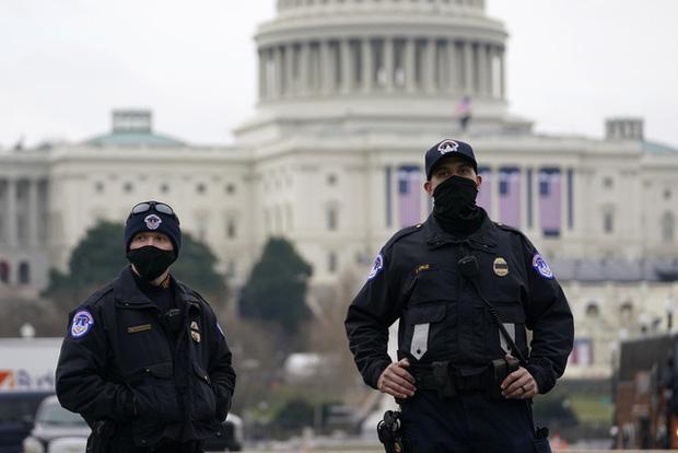 Hơn 150 lính Vệ binh Quốc gia Mỹ tham gia bảo vệ lễ nhậm chức Tổng thống nhiễm COVID-19 - Ảnh 2.