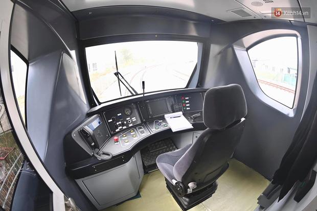Ảnh: Cận cảnh đoàn tàu đầu tiên dự án Nhổn - ga Hà Nội - Ảnh 7.