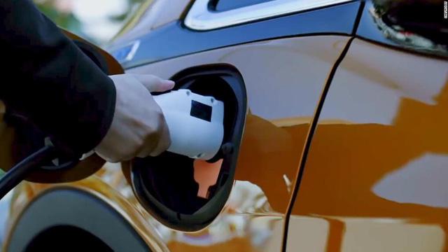 Volkswagen kiếm hơn 12 tỷ USD bất chấp COVID-19 - Ảnh 1.