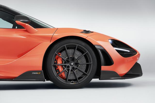Bộ đôi siêu xe McLaren 765LT và Ferrari SF90 Stradale giá hàng chục tỷ VNĐ sắp về Việt Nam: Chủ nhân là một nữ đại gia 9X?  - Ảnh 4.