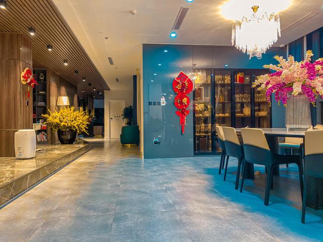 Penthouse ở Vinhomes trang trí Tết: Tổng hết 60 triệu, phòng khách xịn đến mức ngỡ sảnh khách sạn 5 sao  - Ảnh 6.