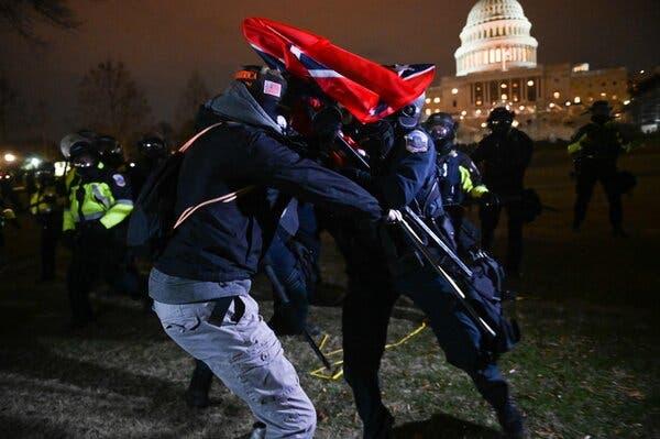 Mất mặt: Hàng loạt lãnh đạo và nguyên thủ thế giới thất vọng trước sự sụp đổ của nền dân chủ Mỹ - Ảnh 1.