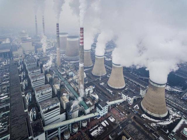 Khủng hoảng năng lượng bao trùm thế giới - Hậu quả có thể kéo dài nhiều năm  - Ảnh 2.