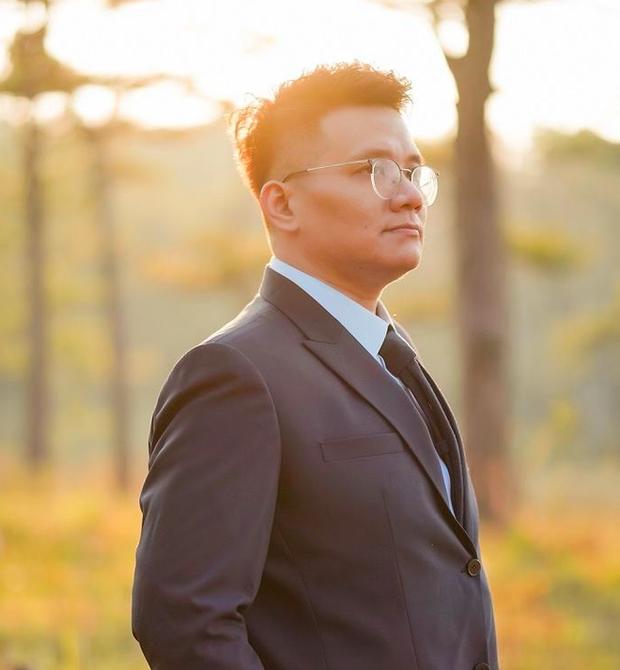Bà Phương Hằng bất ngờ tiết lộ cậu IT Nhâm Hoàng Khang đã bị vợ gửi đơn ly dị sau khi bị bắt giữ - Ảnh 1.