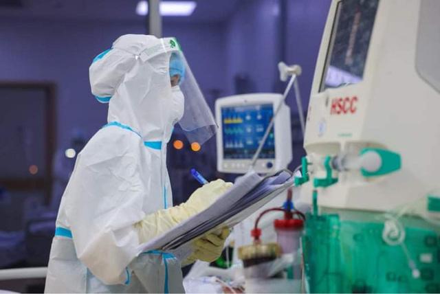 NÓNG: Bộ Y tế đưa 3 thuốc kháng virus vào hướng dẫn mới về chẩn đoán và điều trị Covid-19  - Ảnh 1.
