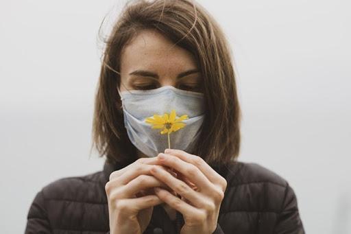 Báo Mỹ đưa tin, 74% người sống sót sau khi mắc COVID-19 mất khứu giác và vị giác: Ảnh hưởng nghiêm trọng đến cuộc sống và khởi đầu cho các mối nguy sức khỏe nghiêm trọng - Ảnh 1.