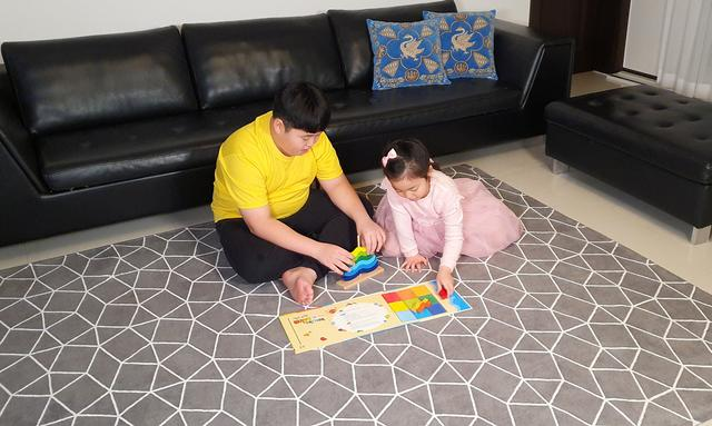 Học sinh 12 tuổi Hàn Quốc lãi 43% sau 1 năm chơi chứng khoán: Bán ô tô đồ chơi lúc 7 tuổi để làm tiền đầu tư, được ví sẽ trở thành Warren Buffet thứ 2 - Ảnh 2.