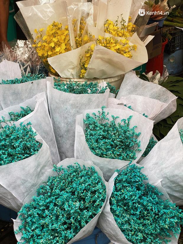 Sài Gòn 30 Tết mua sắm gì chỉ cần đi vội 2 ngôi chợ lâu đời này là đủ: Độc lạ nhất là bánh lựu cầu duyên, mua về hết ế luôn và ngay! - Ảnh 19.