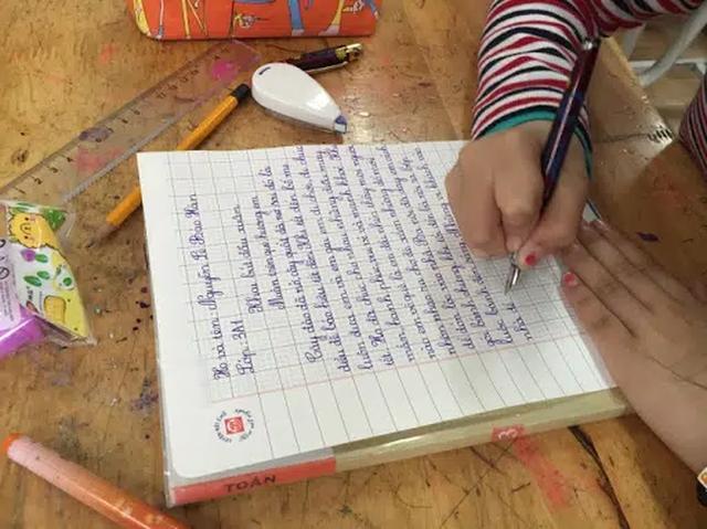 Mùng 1 Tết nhắc khéo con chuyện học bằng việc khai bút đầu xuân: Vậy nên viết gì để cả năm học hành giỏi giang, tiến tới? - Ảnh 3.