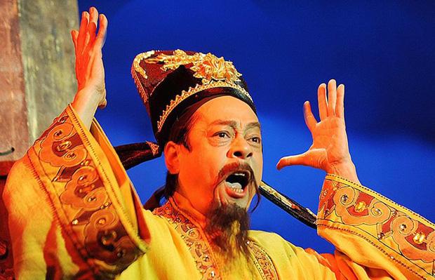 NSND Hoàng Dũng: Từ cậu sinh viên được thầy bảo lãnh vào trường Cao đẳng Nghệ thuật đến người cha quyền lực nhất nhì màn ảnh Việt - Ảnh 4.