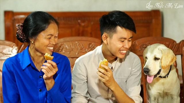Video gói bánh chưng ngày Tết của Ẩm thực mẹ làm được Fanpage YouTube 100 triệu followers khoe với toàn thế giới - Ảnh 3.