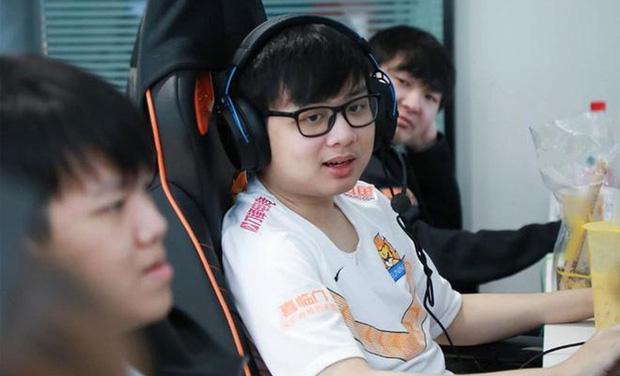 Các tuyển thủ eSports Việt Nam chưa chuyên nghiệp, quá dễ dãi và không khắt khe với bản thân! - Ảnh 1.