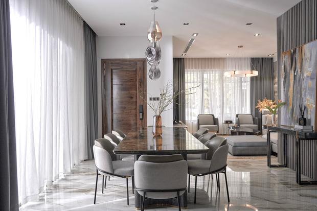 Vợ chồng trẻ có căn villa hai mặt tiền rộng 500m2 , phòng tắm chill như resort 5 sao - Ảnh 3.