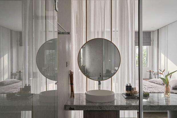Vợ chồng trẻ có căn villa hai mặt tiền rộng 500m2 , phòng tắm chill như resort 5 sao - Ảnh 9.