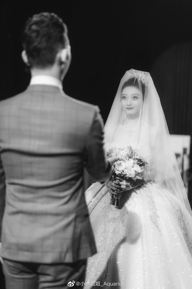 Hai bên cùng cưới - trào lưu kết hôn như ly hôn ở Trung Quốc: Cuộc sống nhân đôi, giới trẻ giãy giụa trong vũng lầy tham vọng của gia đình - Ảnh 6.