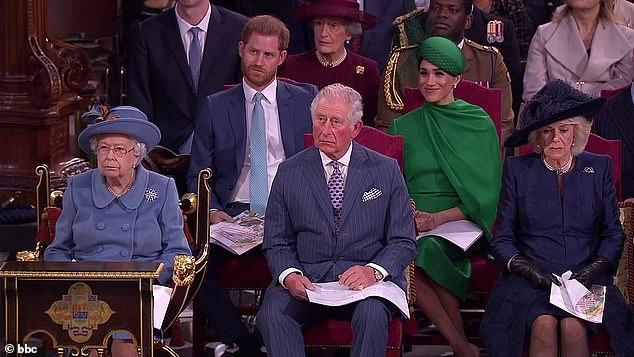 Nữ hoàng Anh công bố hoạt động được coi là để dạy dỗ nhà Meghan Markle, đủ khiến cặp đôi phải muối mặt - Ảnh 1.