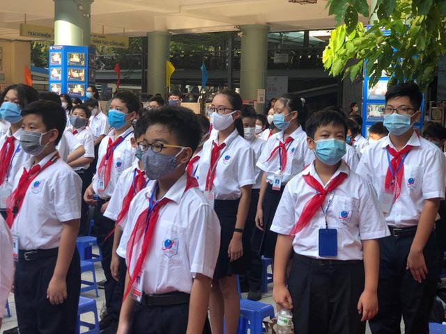 Học sinh Hà Nội dự kiến đi học trở lại từ 2-3  - Ảnh 1.