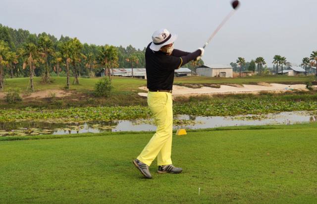 Giới nhà giàu Hàn Quốc mạnh tay chi hơn 2.000 USD cho dịch vụ cách ly chơi golf: 14 ngày trôi qua tựa như thiên đường - Ảnh 1.