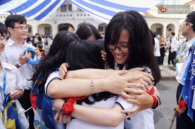 CHÍNH THỨC: Hà Nội chốt thời gian quay trở lại trường của học sinh, sinh viên - Ảnh 1.
