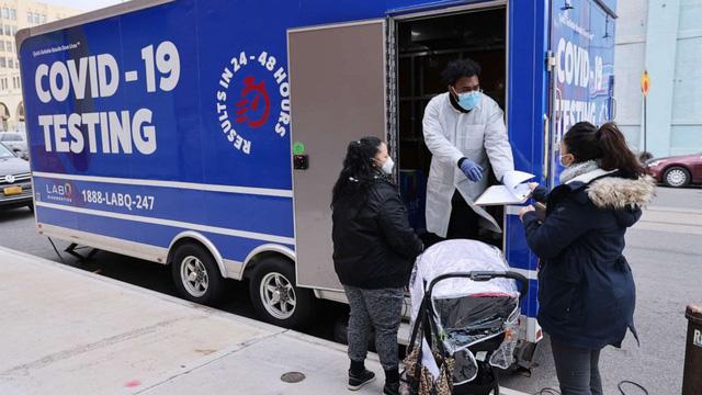 Thành phố New York (Mỹ) ghi nhận biến chủng mới có đột biến kháng vaccine - Ảnh 1.